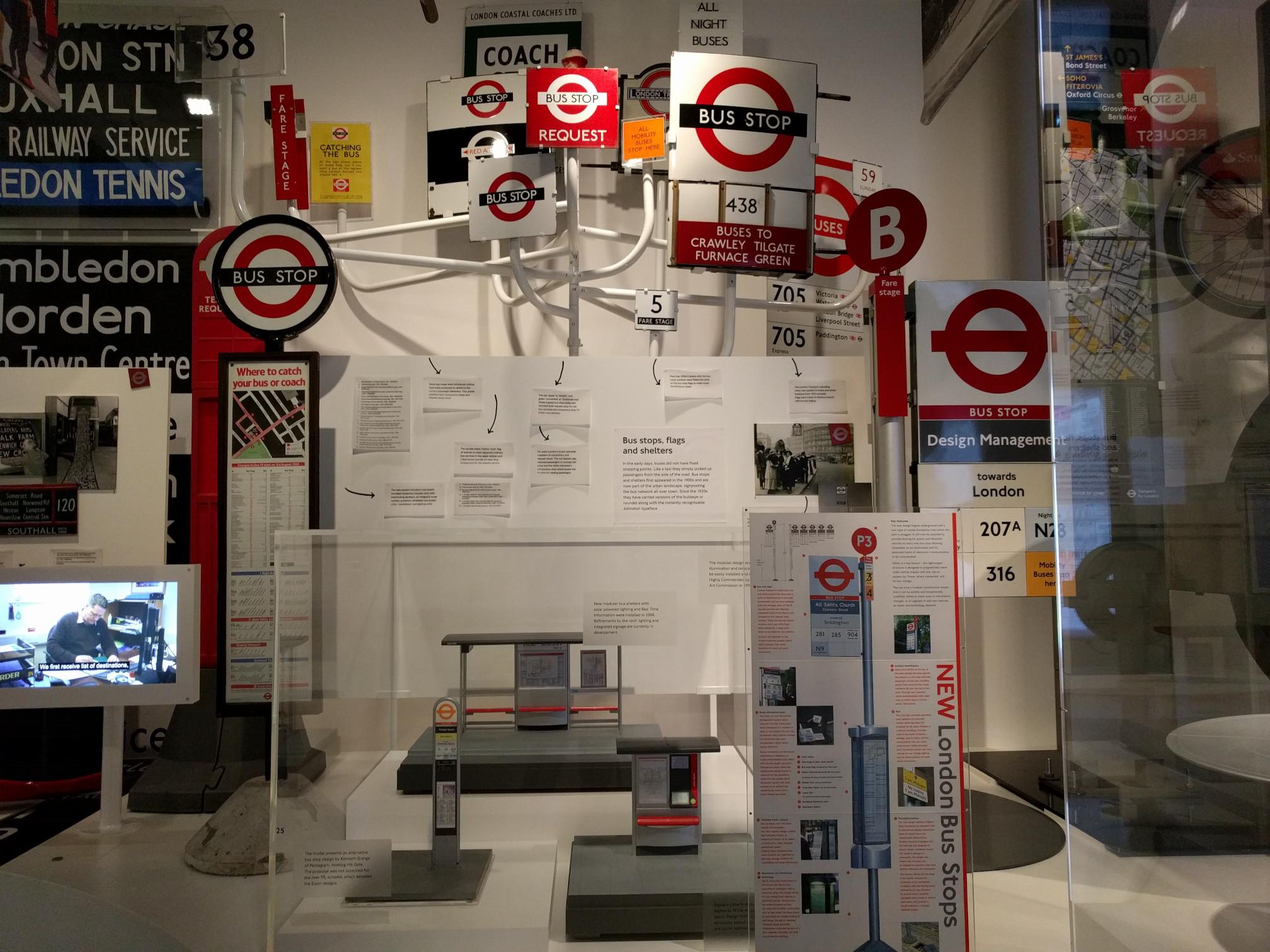 ללונדון כל כך חשוב העיצוב שהוא היה נושא לתערוכה שלמה במוזיאון התחבורה שלהם.